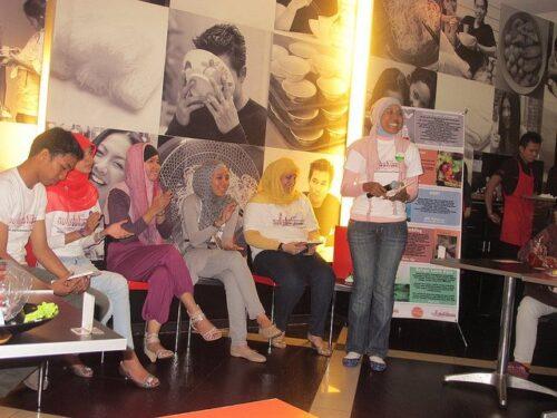 Launching Buku Belajar Lebih Bijak