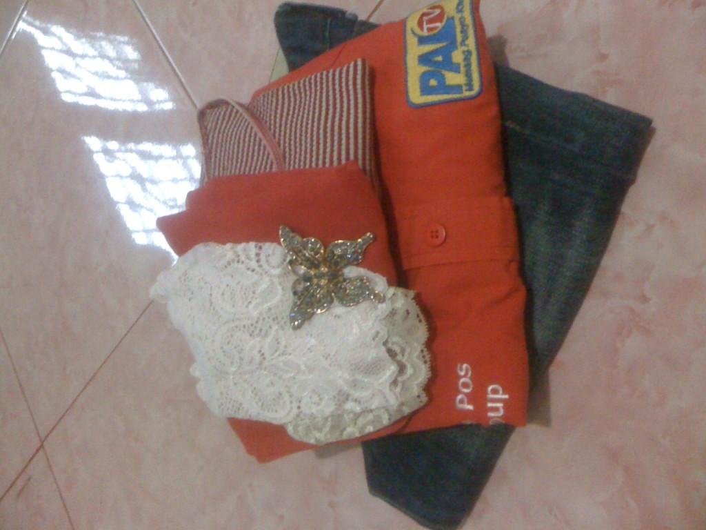 Tas dan Isinya