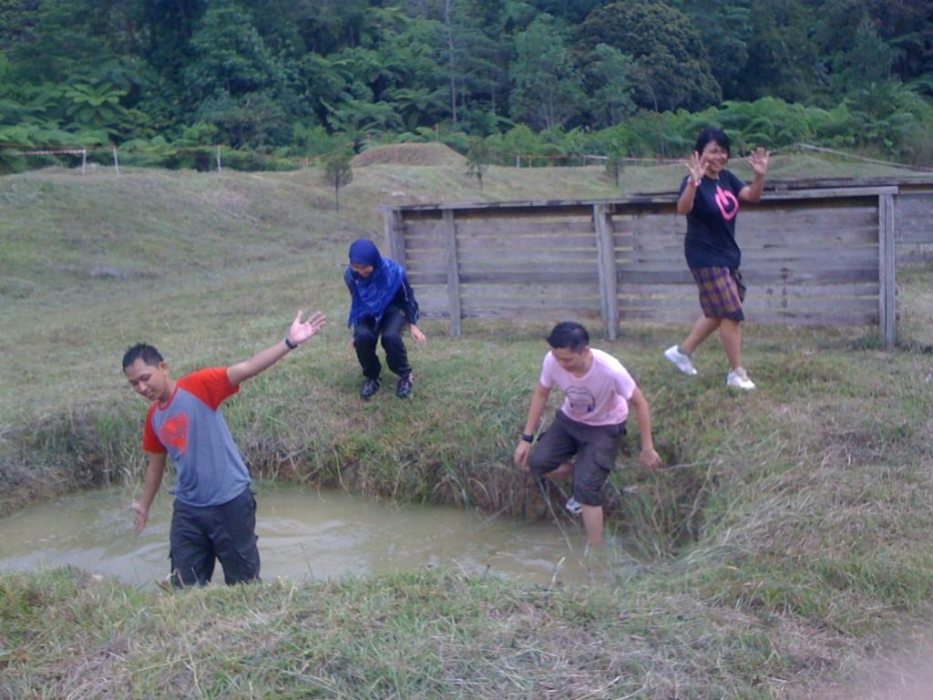 #MSS2011 Rasakan Ekstrimnya Obstacle Training