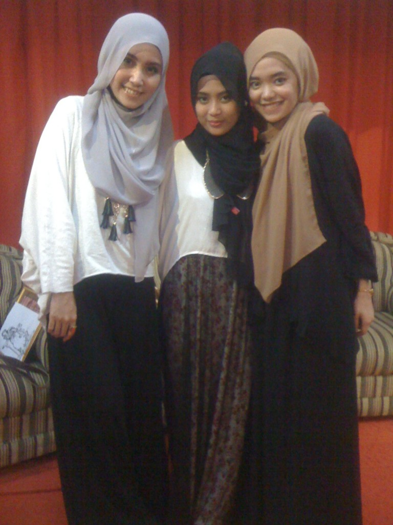 Simple and Shine with Hijabers Palembang